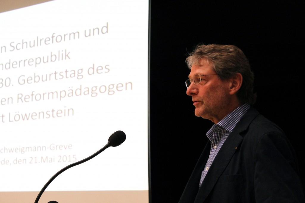 (© 2015 Georg Gunkel-Schwaderer) Lüneburgs Landrat Manfred Nahrstedt, selbst ehemaliger Falke