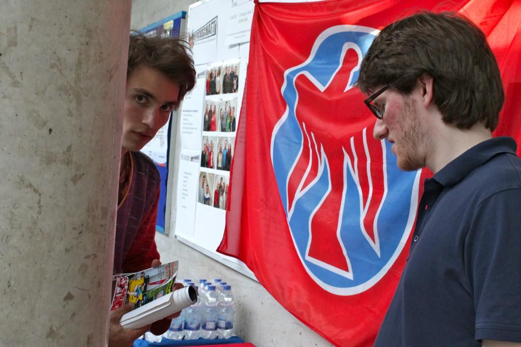 (© 2015 Georg Gunkel-Schwaderer) Die Falken organisierten die Veranstaltung im Bündnis gegen Rechts mit...