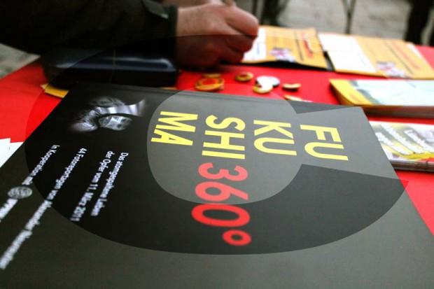 Infotisch des Lüneburger Aktionsbündnis' gegen Atom