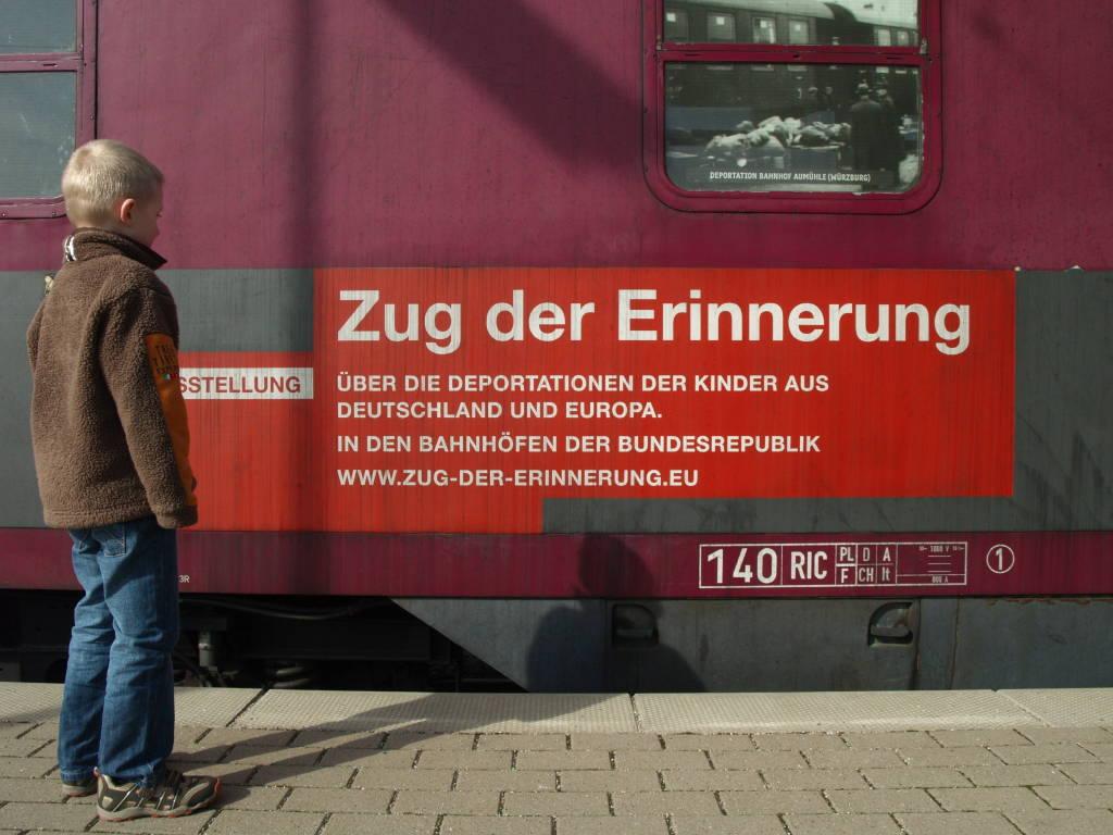 """Eröffnungsfeier """"Zug der Erinnerung"""" Bild 2"""